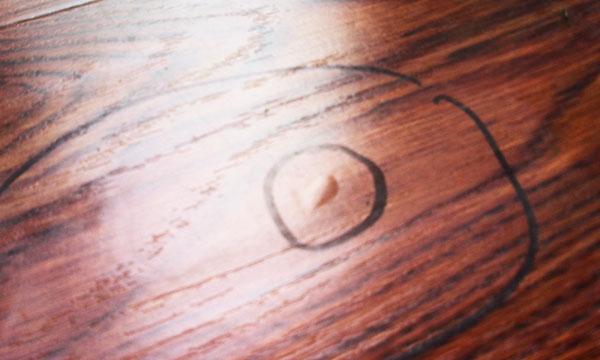 木地板保养方法及气泡后解决方法