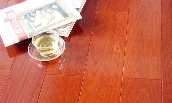 实木地板为什么不适合地暖?