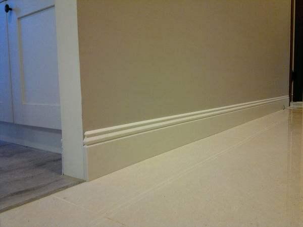 客厅踢脚线用什么颜色好看 看完不再纠结踢脚线色彩