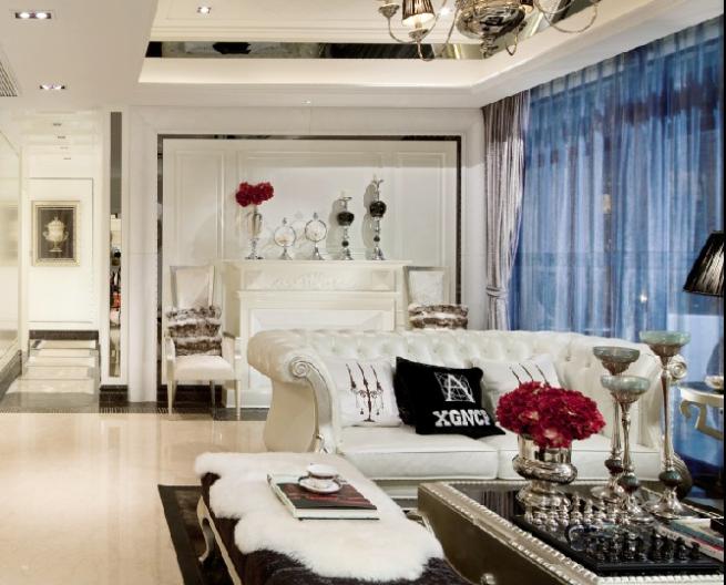 通过配色的ballbet贝博网址,使房间看起来更加明亮宽敞,客户非常满意。