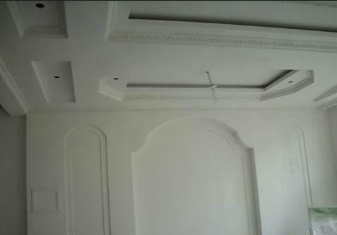 吊顶工程中表面平整度接缝合格