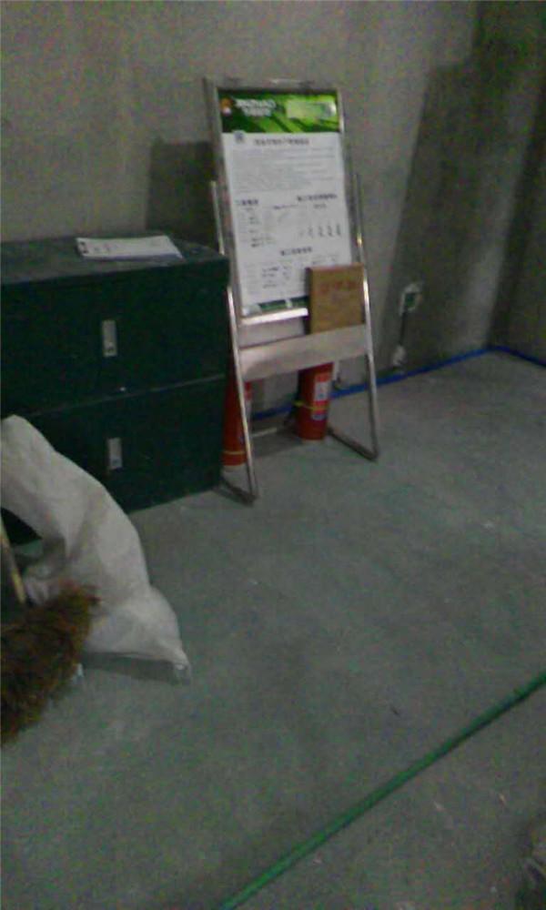 ballbet贝博登陆_贝博ballbet体育app林荫大院小区二室一厅ballbet贝博网址工地水电已经验收,基准线标准线已经达标,水电横平竖直按照国际以及公司标准在施工,材料都为公司材料。