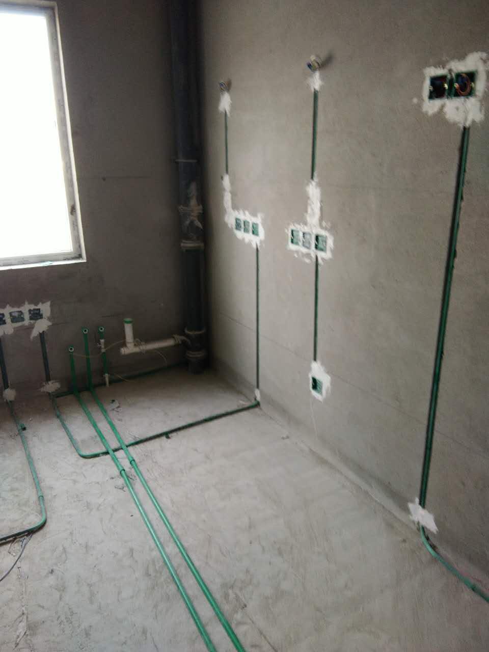 水电隐蔽工程已经开启施工,基准线标准线已经达标,水电横平竖直按照国际以及公司标准在施工!